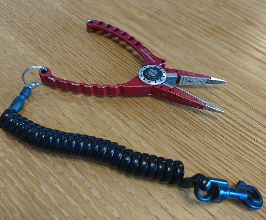 Split ring opener